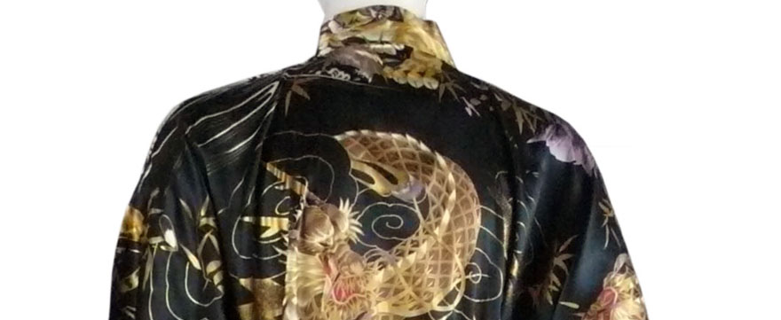 Kimono mit Drachen
