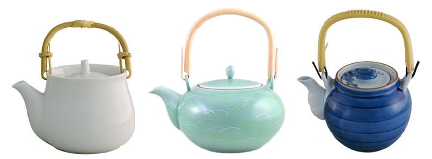 Japanische Teekannen aus Porzellan